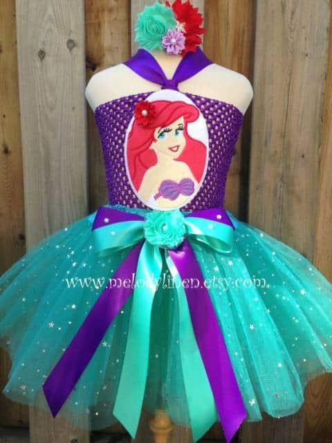 Top com imagem da Ariel.