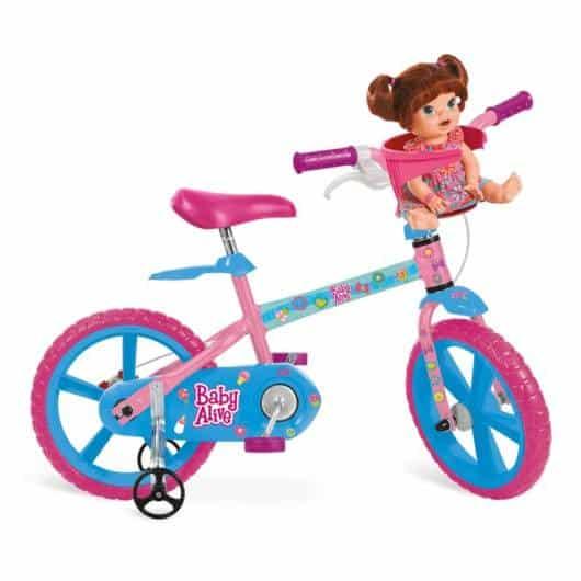 Olha que bicicleta fofa, com cadeirinha para boneca
