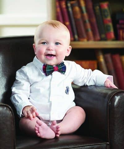look bebê com gravata xadrez
