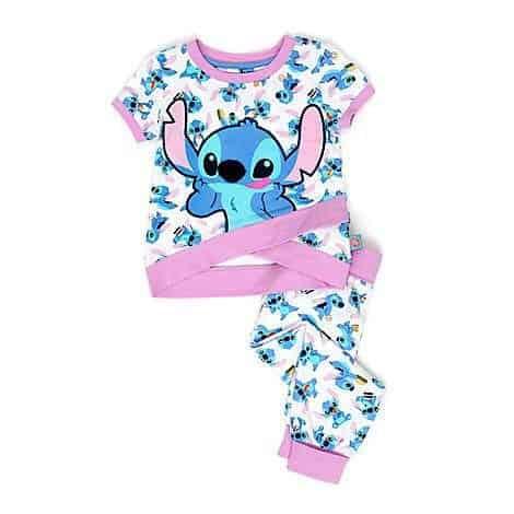 Pijama com estampa do Stitch e detalhes em rosa