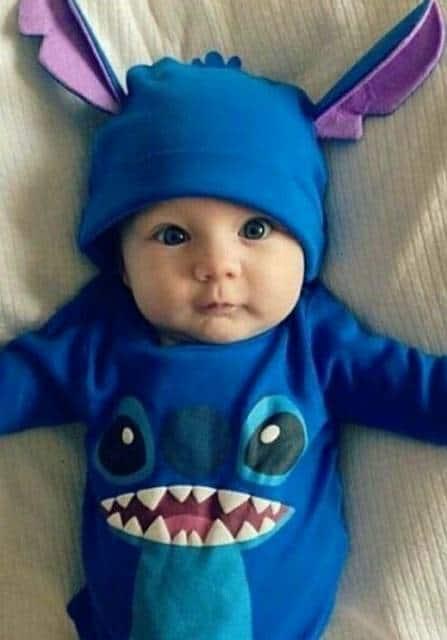 Modelo de pijama Stitch para bebês