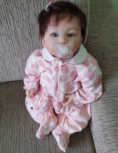 Presente Dia das Crianças para menina bebê reborn