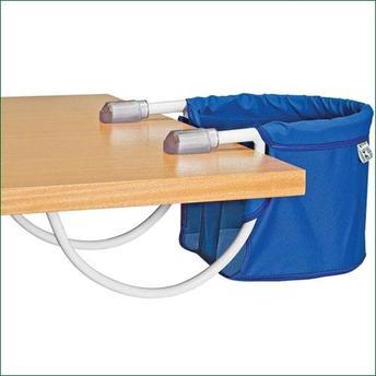 Cadeira de alimentação: Suspensa azul
