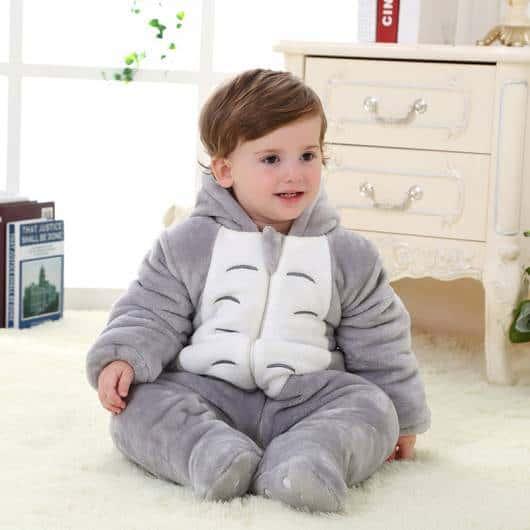 pijama com capuz para bebê