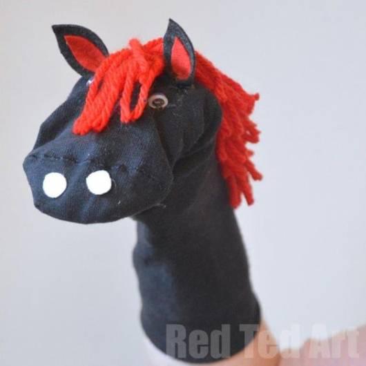 Fantoche de meia: Cavalo