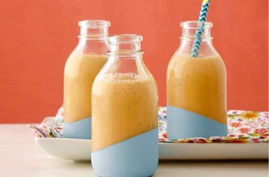 Sucos de frutas naturais são boas pedidas