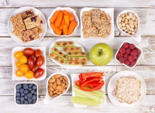 Ideias de porções saudáveis para oferecer às crianças