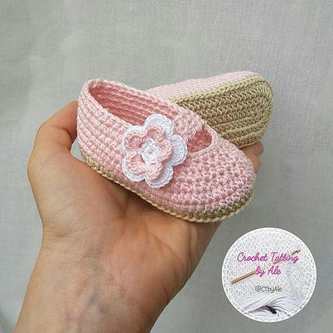 Sapatinho de bebê: Em crochê rosa