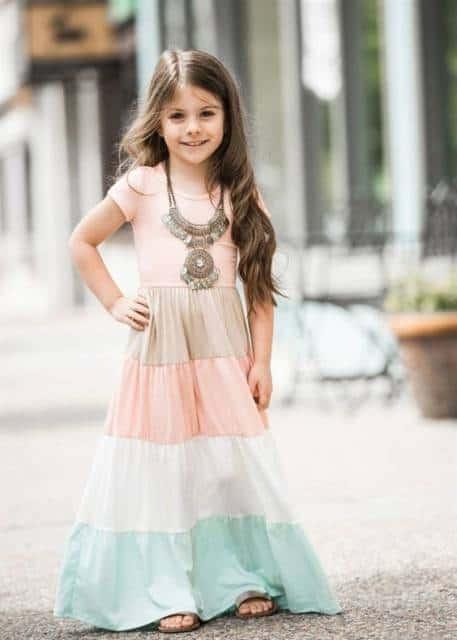 Vestido longo infantil: Para formatura com 3 cores