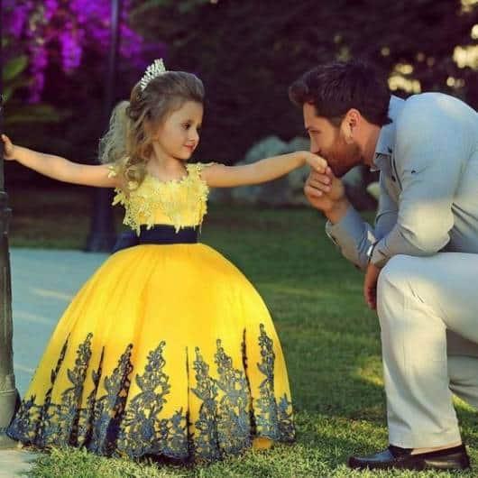 Vestido longo infantil: Amarelo para festa