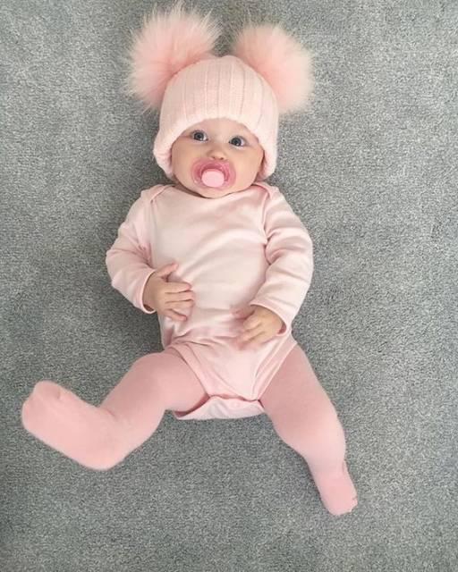meia-calça rosa para bebê