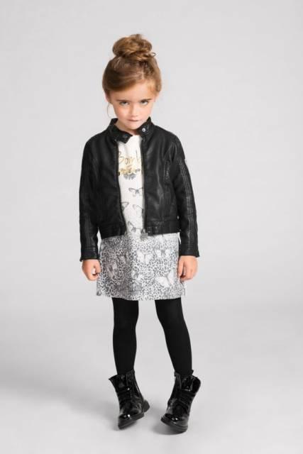 look infantil com bota preta