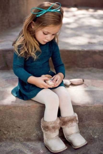 meia-calça branca com bota