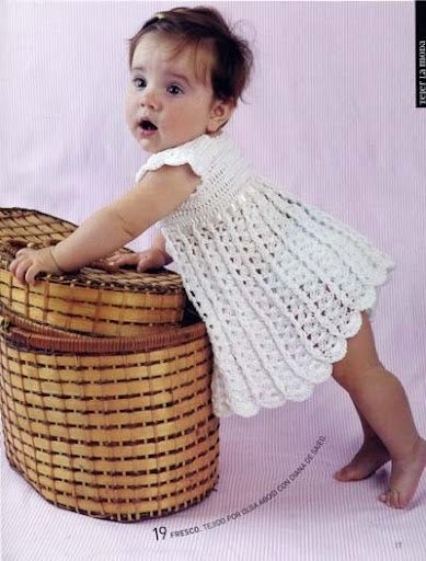 vestido bebê simples de crochê