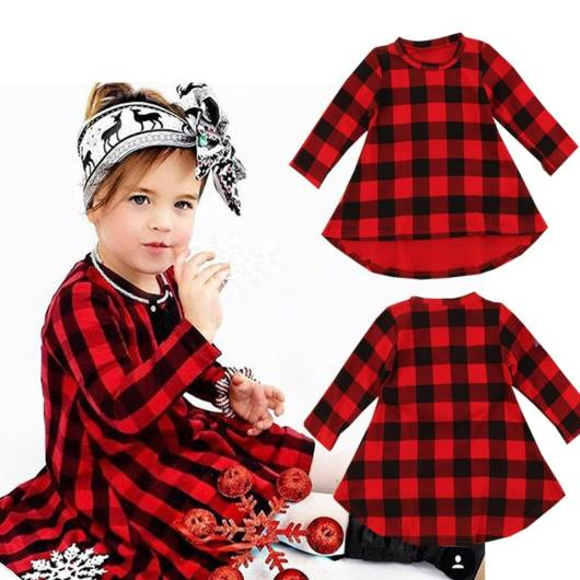 Capriche no look de sua filha com vestido xadrez para inverno