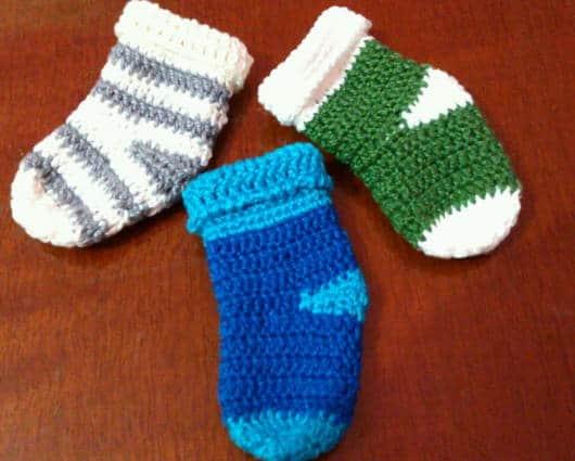 meias de crochê baby