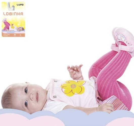 Veja como a bebê fica fofinha com uma meia-calça combinando