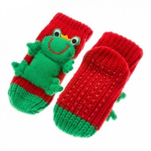 Ideia de meia verde e vermelha de lã de sapinho