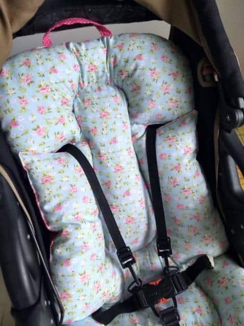 Almofada para carrinho de bebê