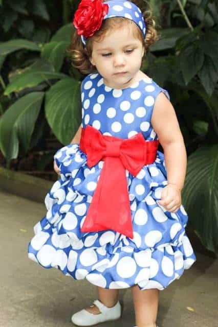 vestido azul de luxo