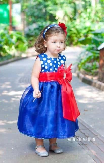 vestido luxuoso azul