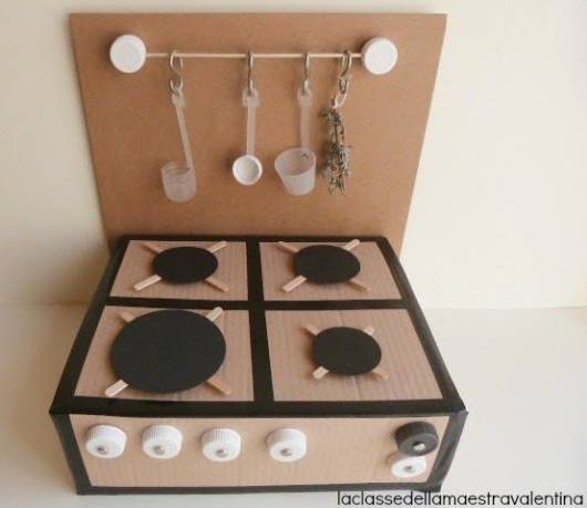 fogão de papelão