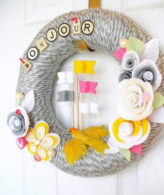 Guirlanda de feltro: com flores