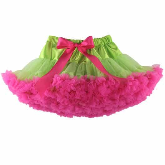 Saia cheia de babados com tule rosa e verde