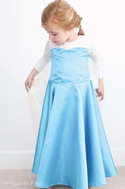 Vestido da frozen: simples de cetim