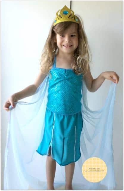 Vestido da frozen: simples com capa transparente