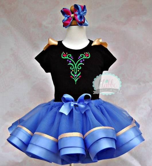 Vestido da frozen: vestido da Ana curto