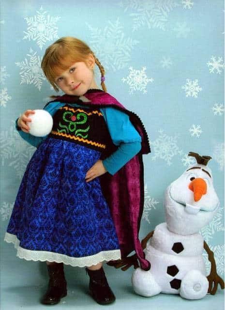 Vestido da frozen: vestido da Ana com capa longa