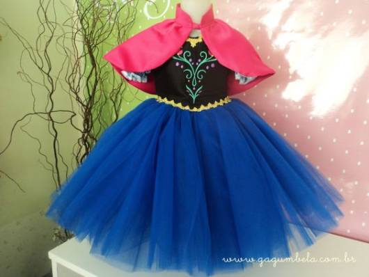Vestido da frozen: vestido rodado com tule para aniversário