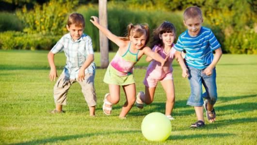 brincadeira ao ar livre jogos com bola