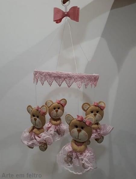 móbile de ursinha rosa