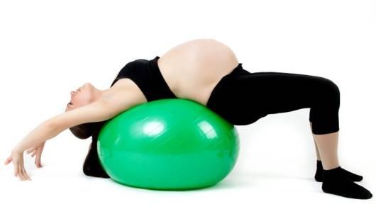 alongamentos com a bola de pilates
