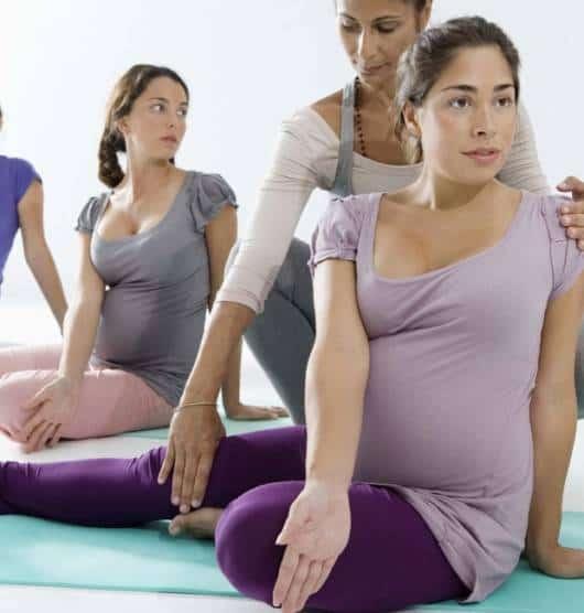 exercício de postura para gestante