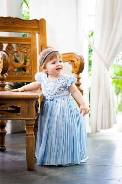 vestido azul claro longo