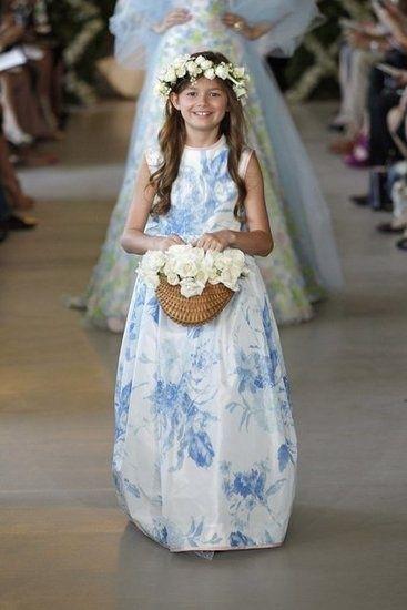 vestido azul florista