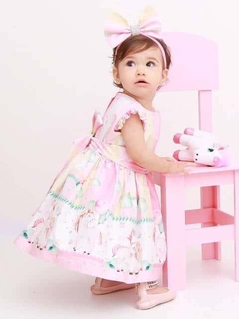Vestido delicado de unicórnio para bebê