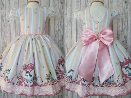 vestido de aniversário de unicórnio