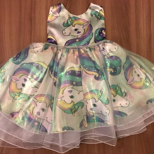 vestido ELO7 unicórnio