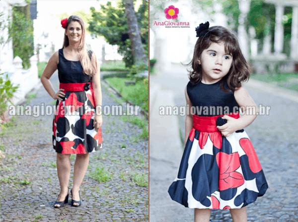 mãe e filha com vestido Minnie