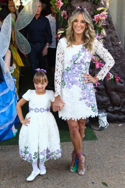 vestido branco tal mãe tal filha