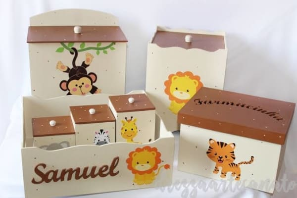 Kit Higiene MDF safari com animais