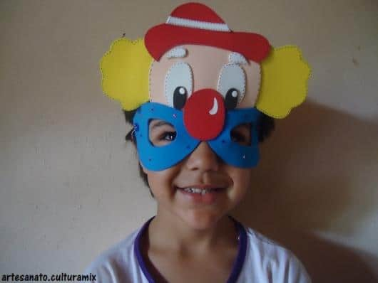 Máscara criativa de palhaço