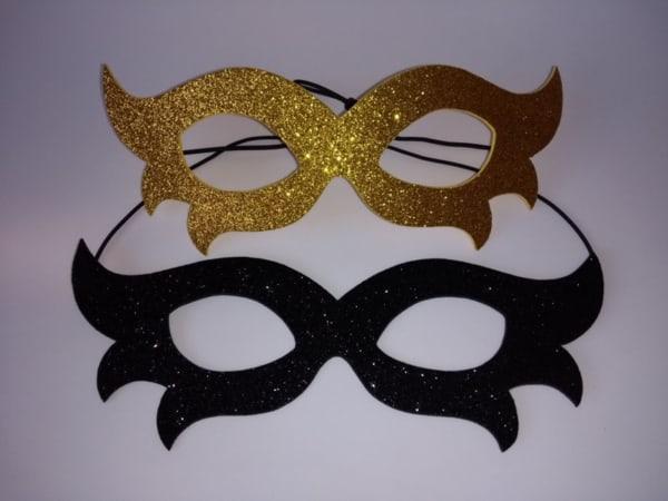 Máscara de carnaval infantil simples
