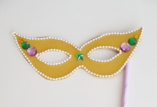 Máscara de carnaval simples