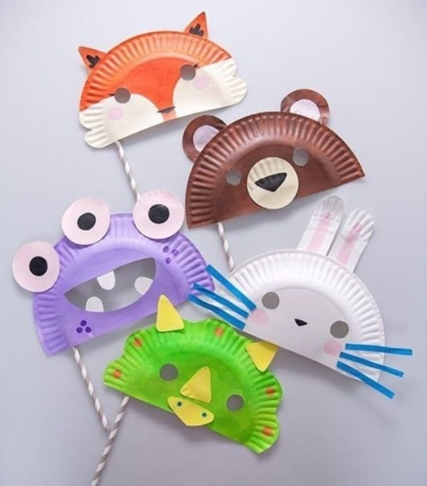 Máscara infantil simples de plástico