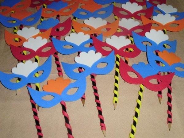 lembrancinha de carnaval máscaras